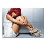 โปสเตอร์ ขนาดใหญ่ Rihanna Hot
