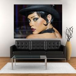 โปสเตอร์ ขนาดใหญ่ Rihanna in Valerian and the City of a Thousand Planets ริฮานน่า (P-2006)